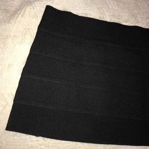 FOREVER 21 Black Mini Skirt [Size M]